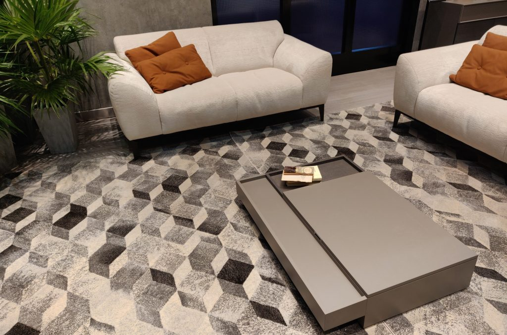 Contemporary Sofa for Sitting Room or Drawing Room